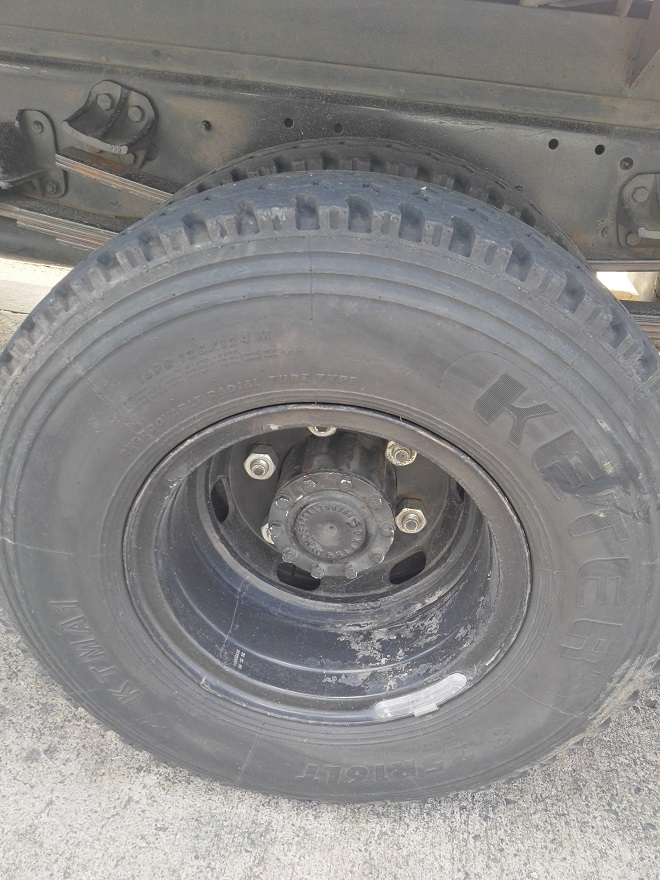 heavy truck tire